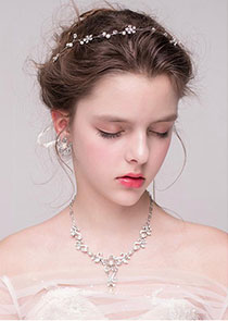 In Stock Marvelous Alloy Hair Ornaments With Rhinestones & Pearls