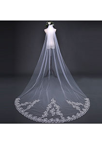 In Stock Marvelous Tulle Ivory Wedding Veil With Lace Appliques